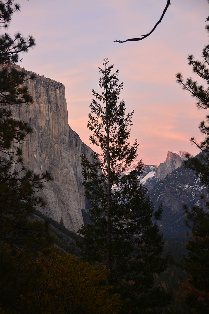 Half Dome and El Capitan, seen from Tunnel View