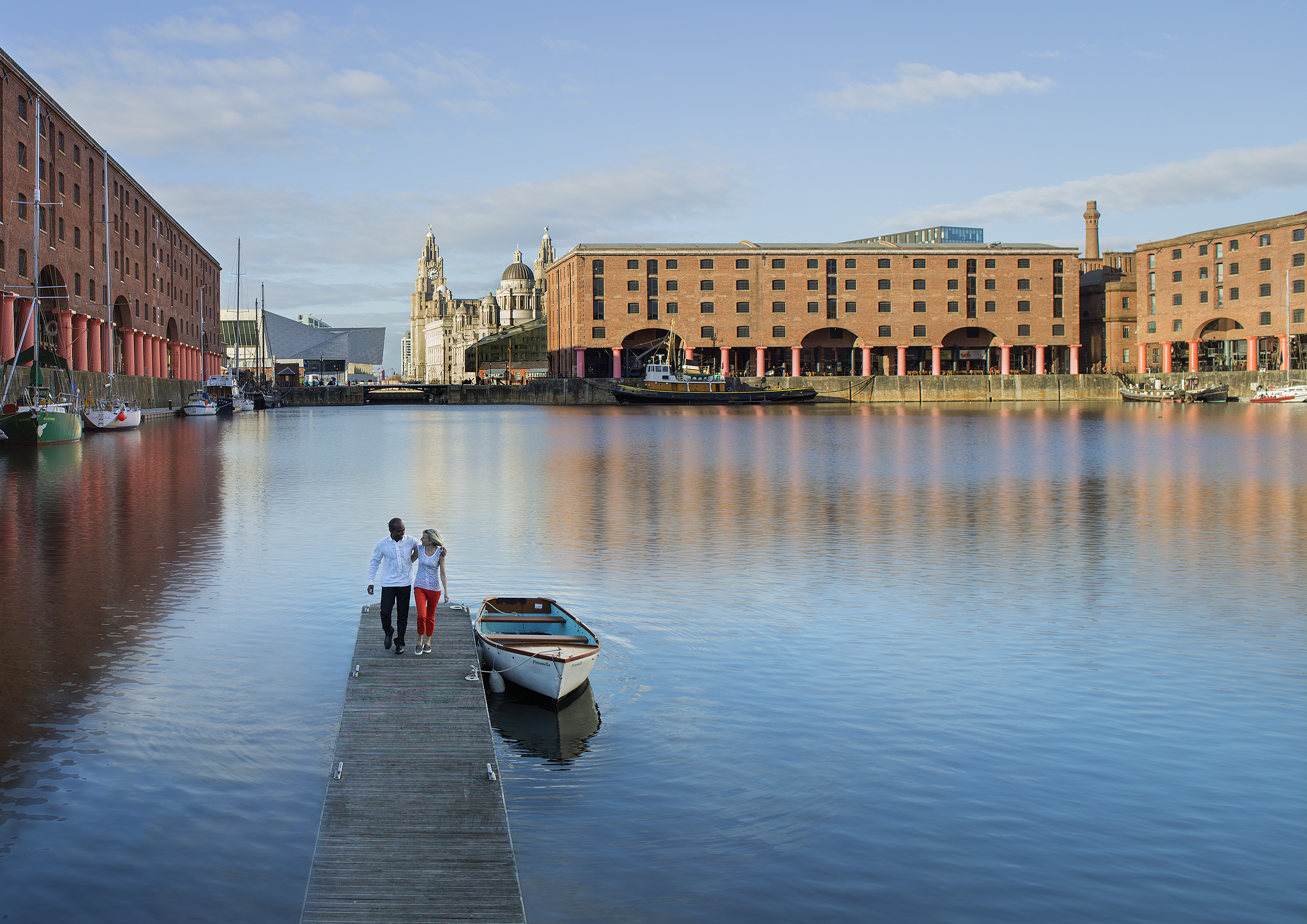 easton_161107_AlbertDock_pontoon_day_dps.jpg