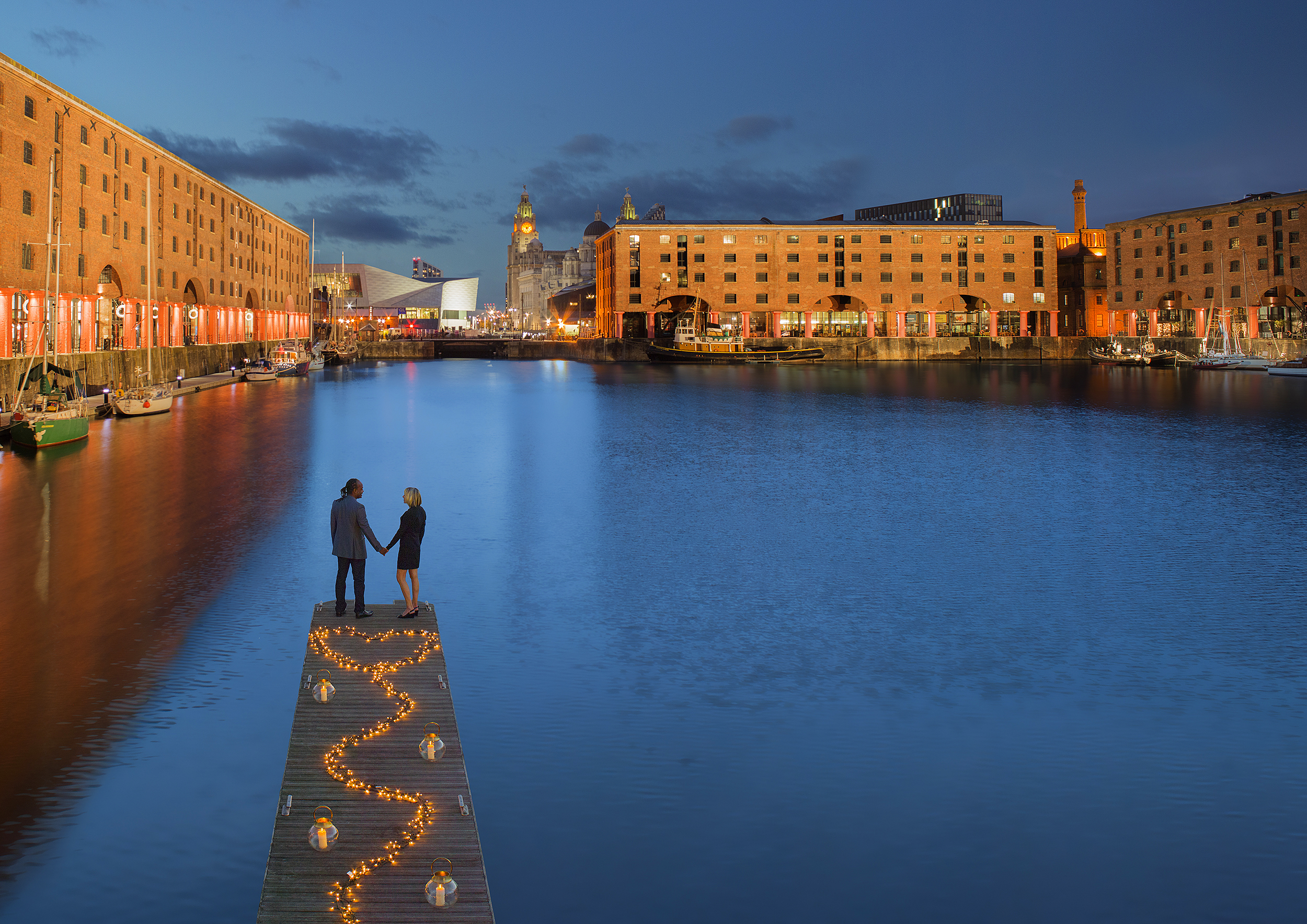 easton_161107_AlbertDock_pontoon_evening_dps.jpg