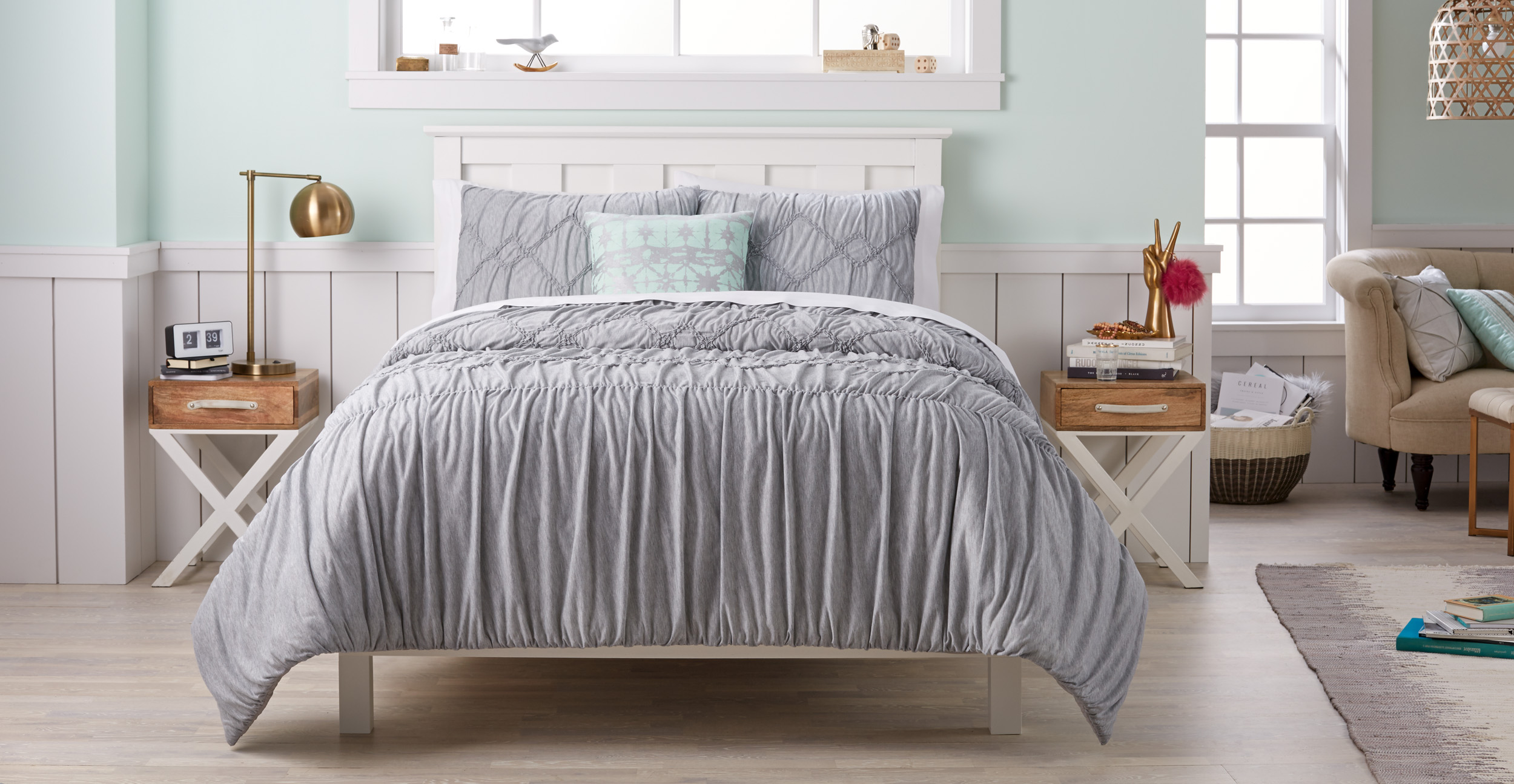 Bedding_TexturedGrey.jpg