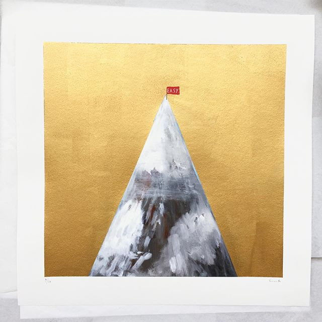 Golden slumbers Fill your eyes Smiles await you when you rise Sleep pretty darling Do not cry And I will sing a lullaby . Those lyrics sang by Guy Garvey 👌 . . . Easy - Golden Slumbers Archival Giclee print hand finished with gold left 50cm x 50cm Edition of 10 . . . . #euanrobertsart #painting #paint #gold #thebeatles #art #artoftheday #kunst #print #paper #love #golden
