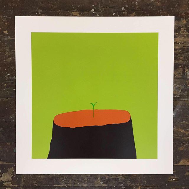 New Beginnings pistachio and mango colours. Link in bio to ccccccheck it out 🥭 🌱 . . . . . . .  #artist #paint #euanrobertsart #euanroberts #painting #arte #silkscreenprint #positivevibes #artoftheday #kunst
