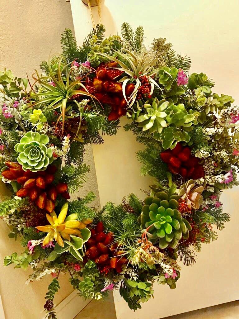 wreath hang.jpg