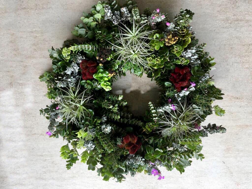wreath floor.jpg