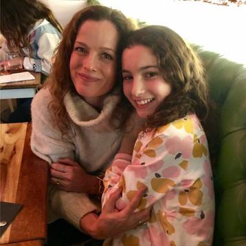Elisabeth&Chloe.jpg