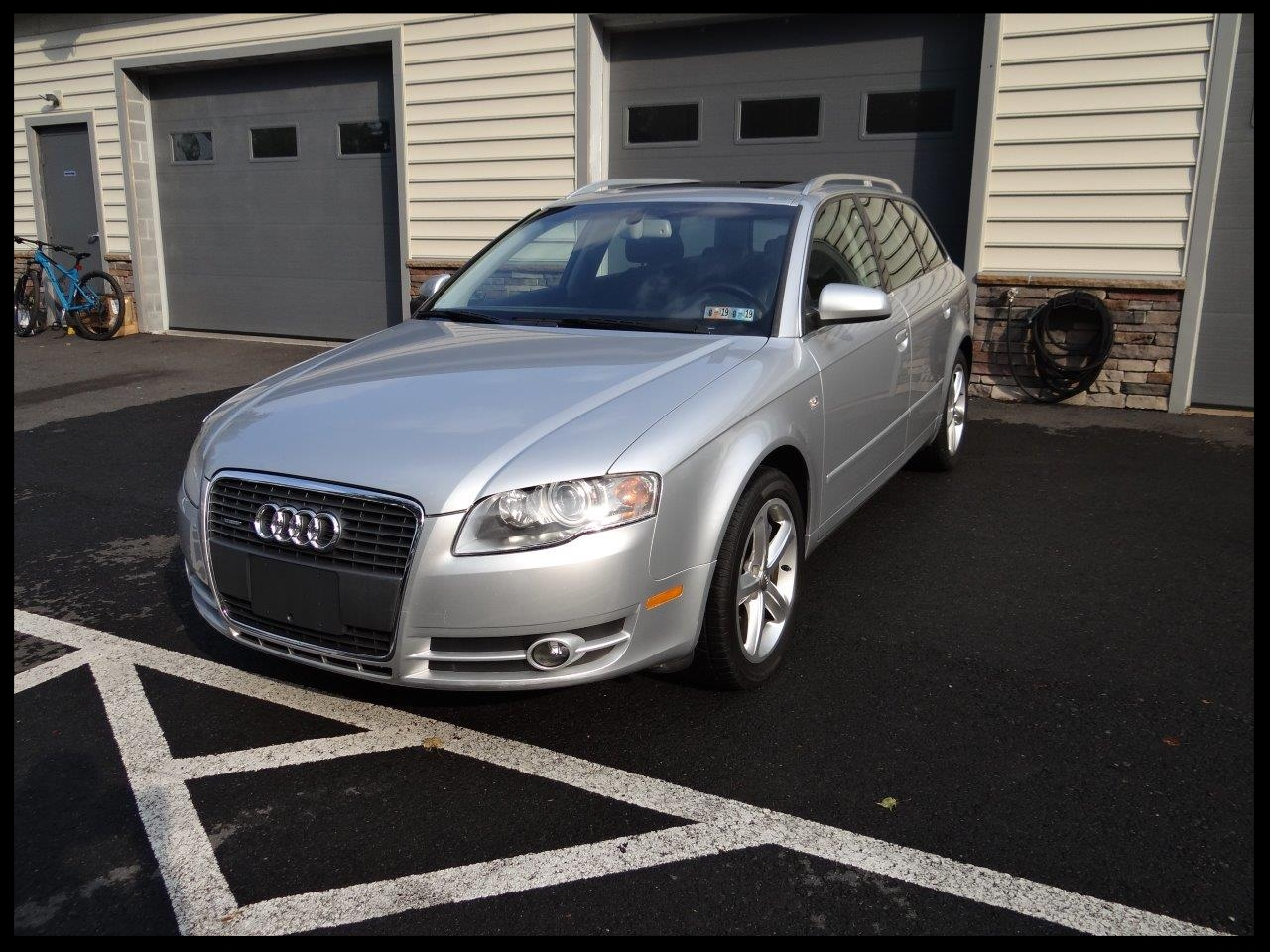 $8,499 - Make: AudiModel: A4 AvantMileage: 99,248 miExterior Color: Light Silver MetallicInterior Color: BlackTransmission: AutoEngine: 3.2 LDrivetrain: QuattroVIN: WAUKH78E67A031832