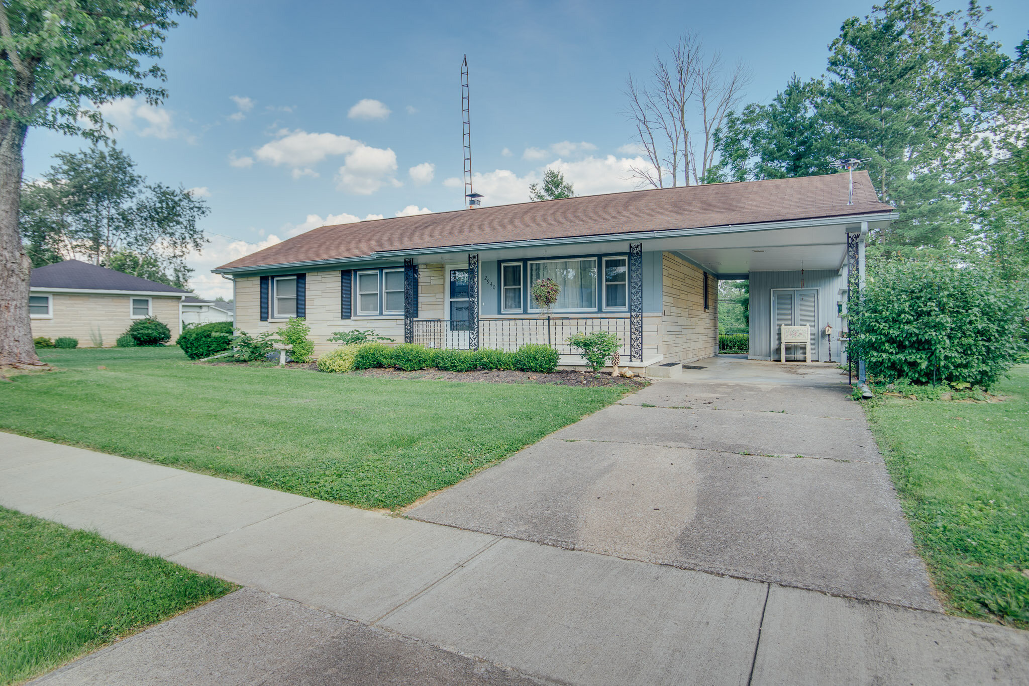 2940 Broadview Dr | Bedford