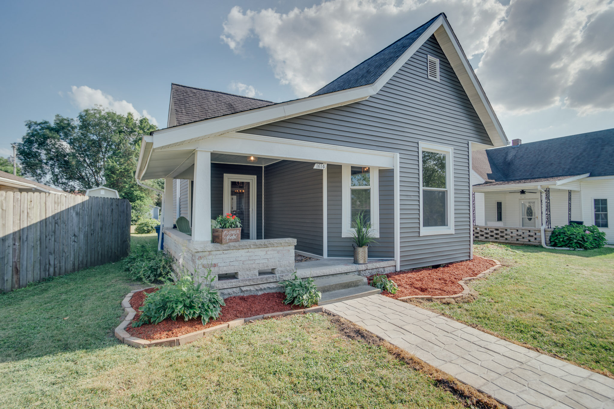 1614 13th St | Bedford