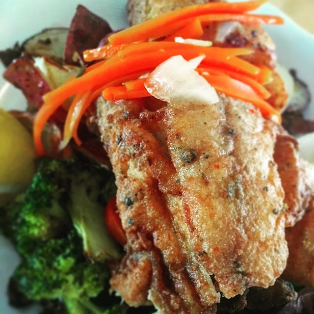 Fried Red Snapper with spicy Jamaican relish, roasted veggies & potatoes. #redsnapper #bhlobsterco #lobster #seafood #jamaican #fishfry #barharbor #barharbormaine #maine #mainefood #maineeats
