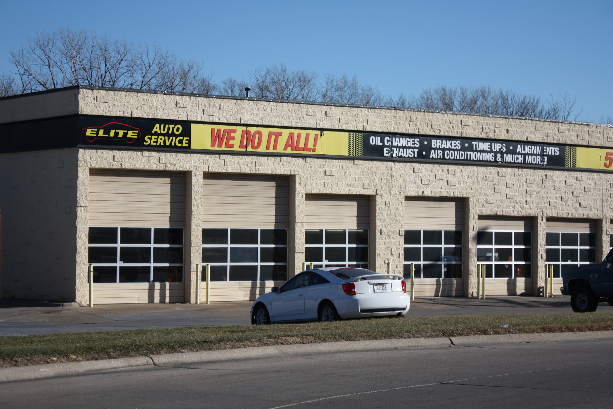 ELITE AUTO SERVICE OMAHA at 90th & Fort