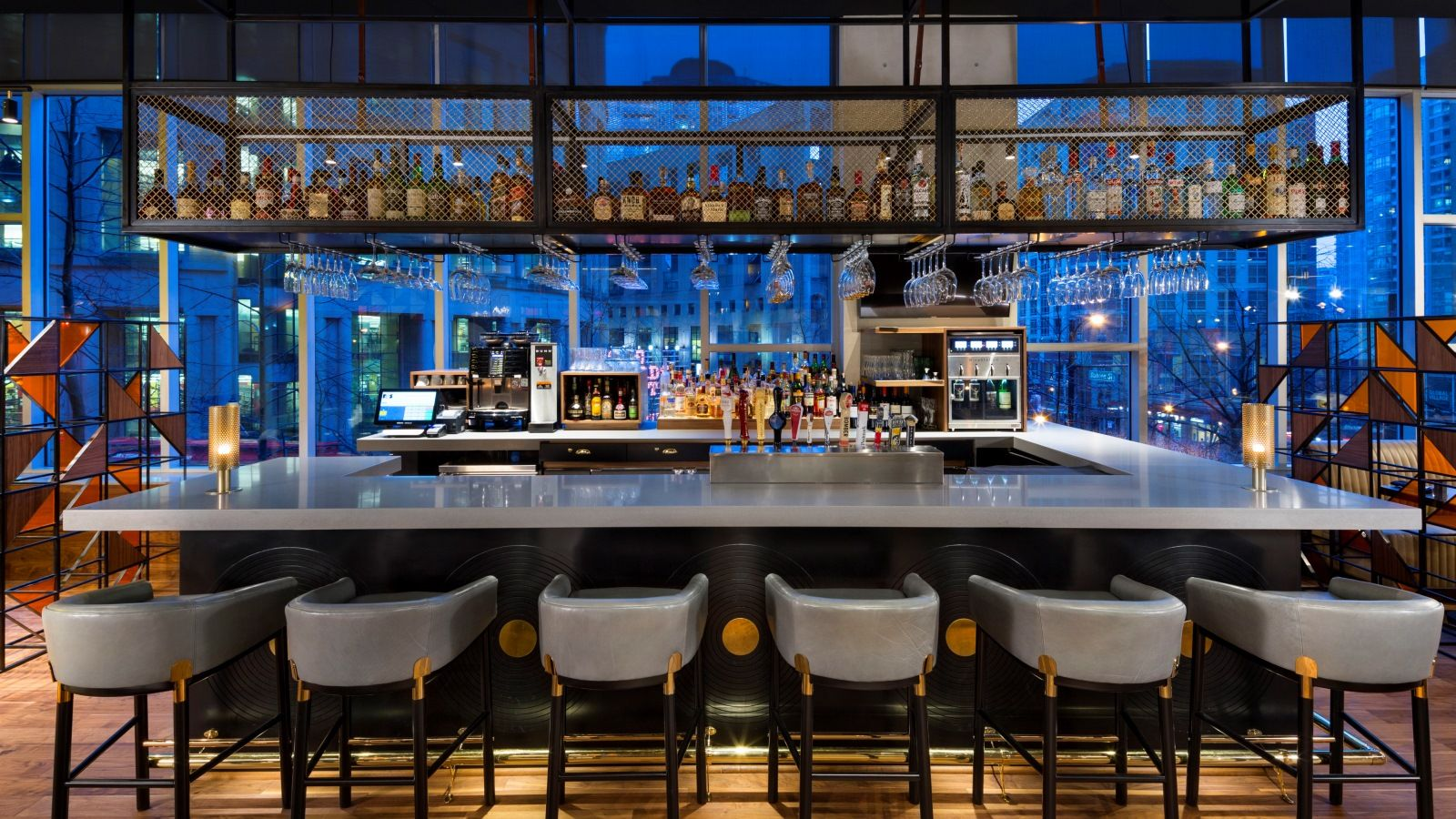 wes1148re-210867-Hendricks-Restaurant---Bar.jpg