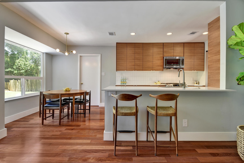 6910 Drexel Dr-large-018-12-Family Kitchen Dining-1500x1000-72dpi.jpg