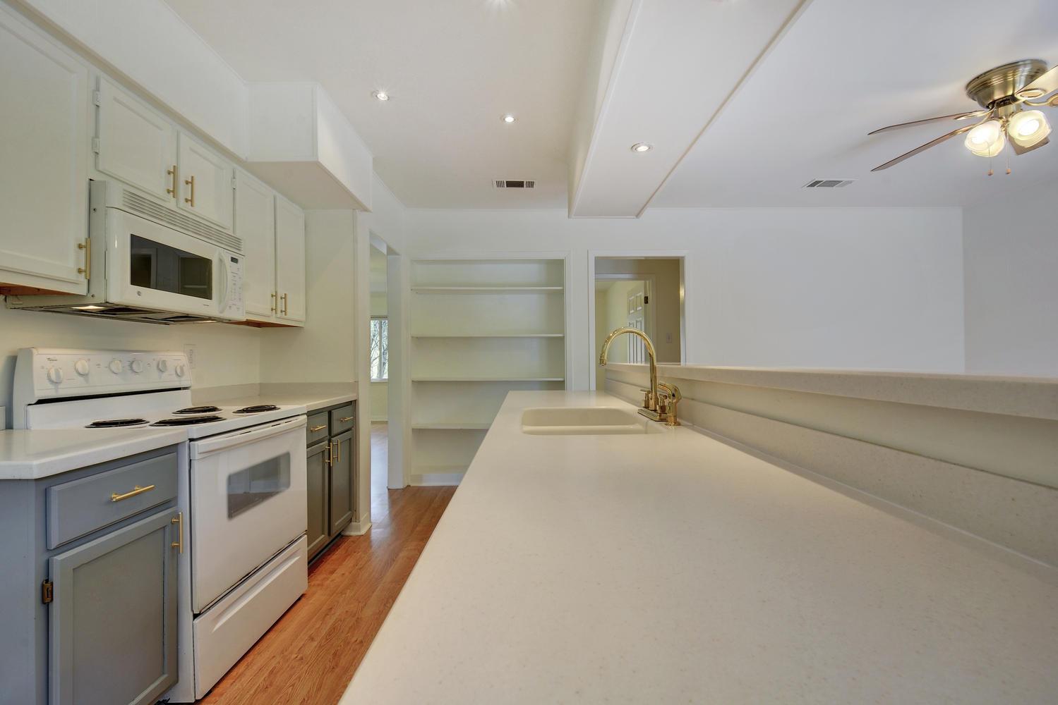 1205 Sahara Ave-large-014-5-Kitchen and Breakfast 152-1500x1000-72dpi.jpg