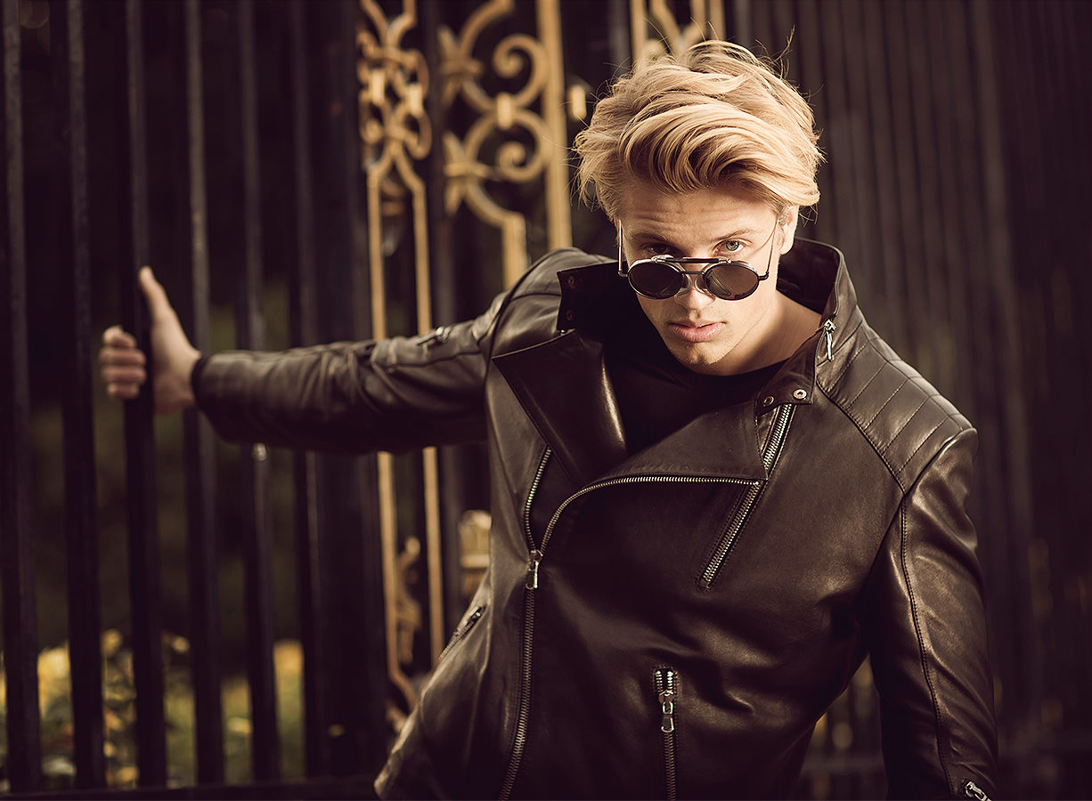 marco-ribbe-photography-fashion-leather-jacket.jpg
