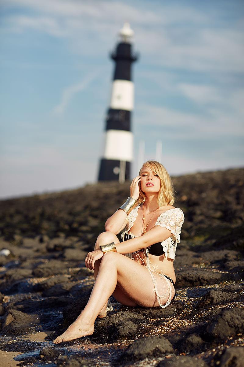 marco-ribbe-photography-fashion-lighthouse.jpg