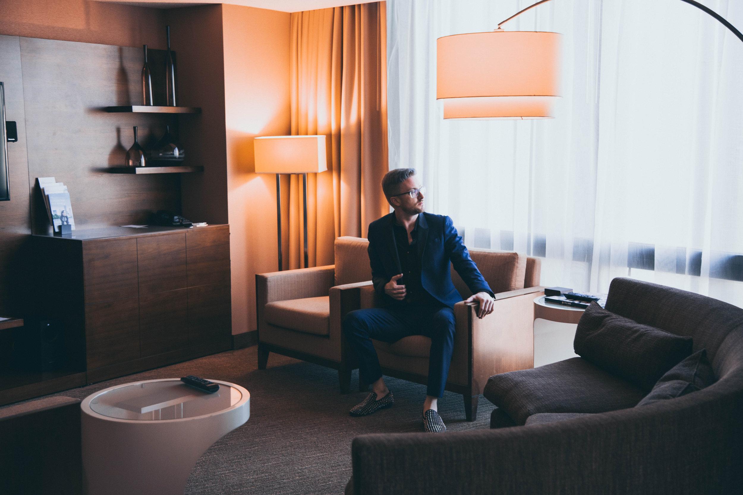 Hotel_livingroom.jpg