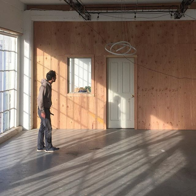 Plywood partition walls for @symmetrylabs complete! • • • #build #make #wood #plywood #warm #natural #space #sun #light #construction #contractor #interior #sunny #warehouse #sf