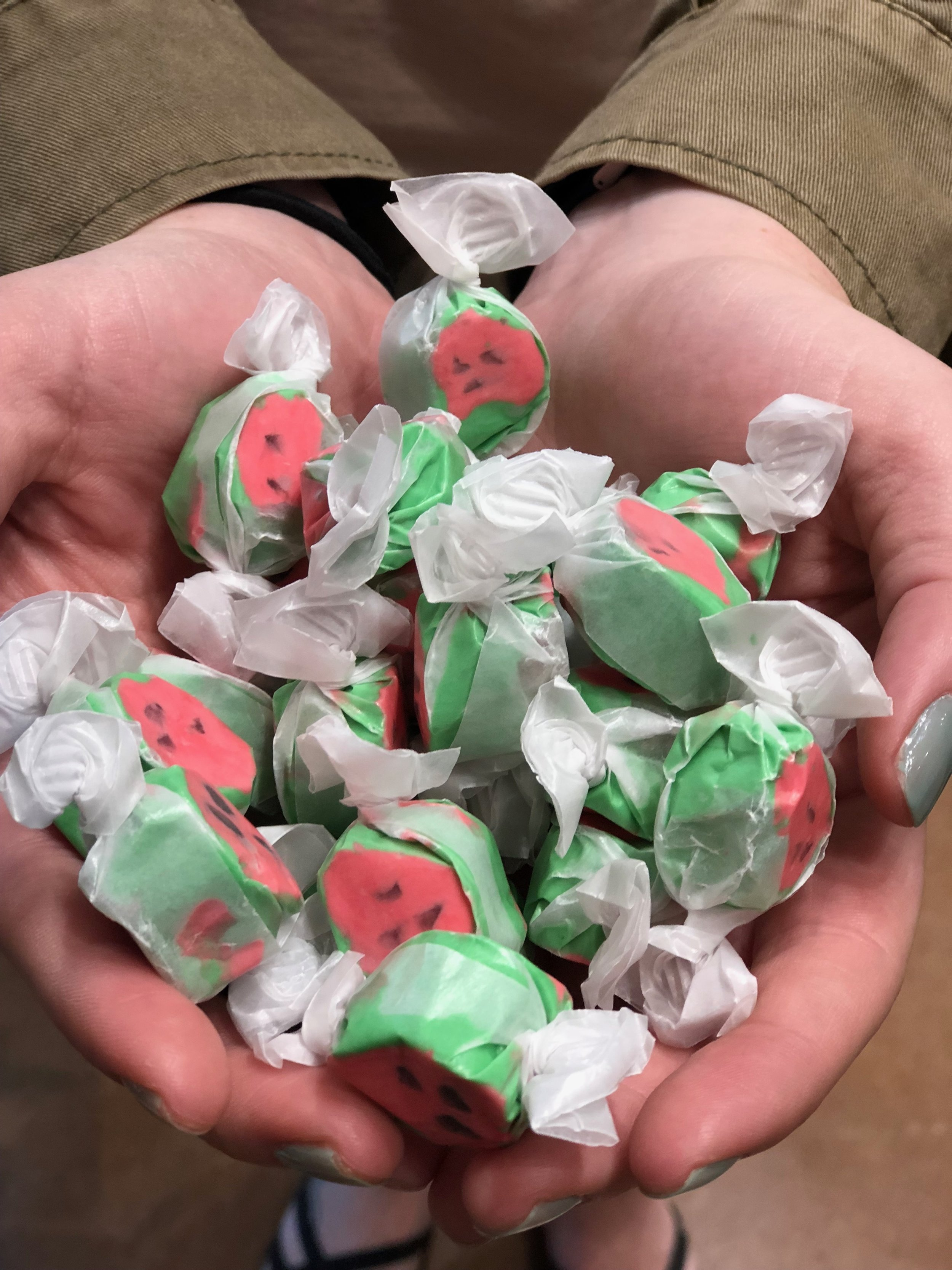 Delicious Salt Water TAffy - Select from 20 different flavors of the best salt water taffy on the Shore!