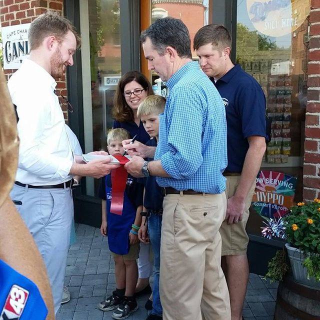Virginia Governor Northam visited Cape Charles in a grand ribbon cutting tour of 14 new businesses in town on July 27th, 2018. Cape Charles Candy Company was honored to have him be apart of our grand opening and ribbon cutting.