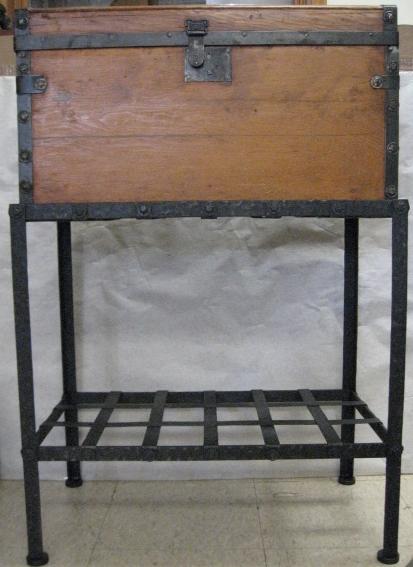 Custom base for old chest