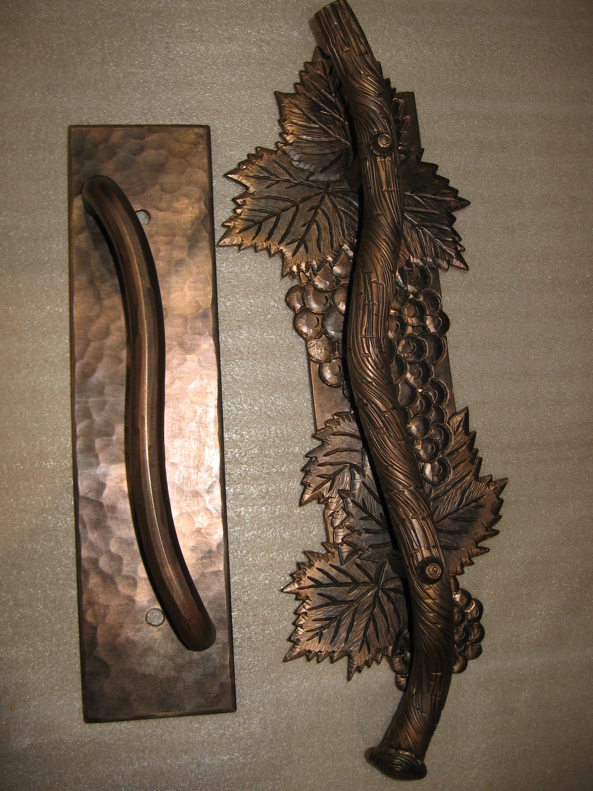 Bronze Pull for Wine Cellar