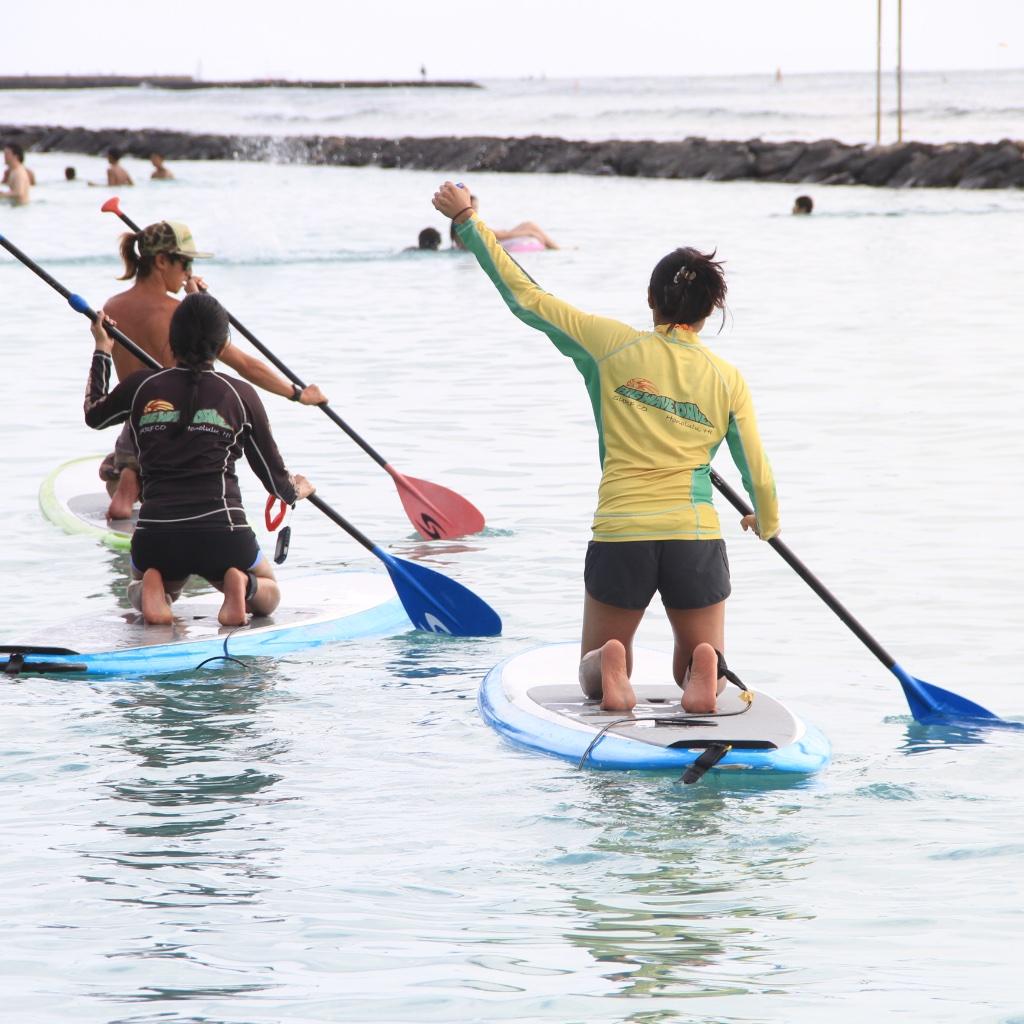 big-wave-dave-waikiki-stand-up-paddle-boarding-rashguard.jpeg