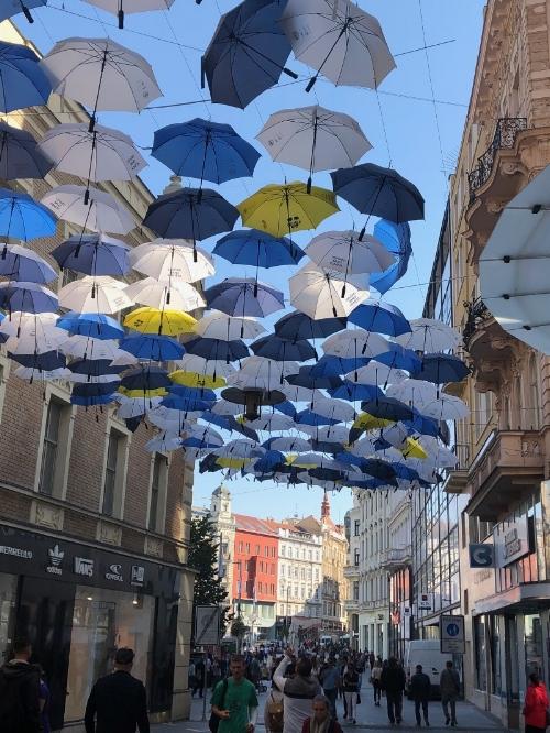 unbrellas.jpg