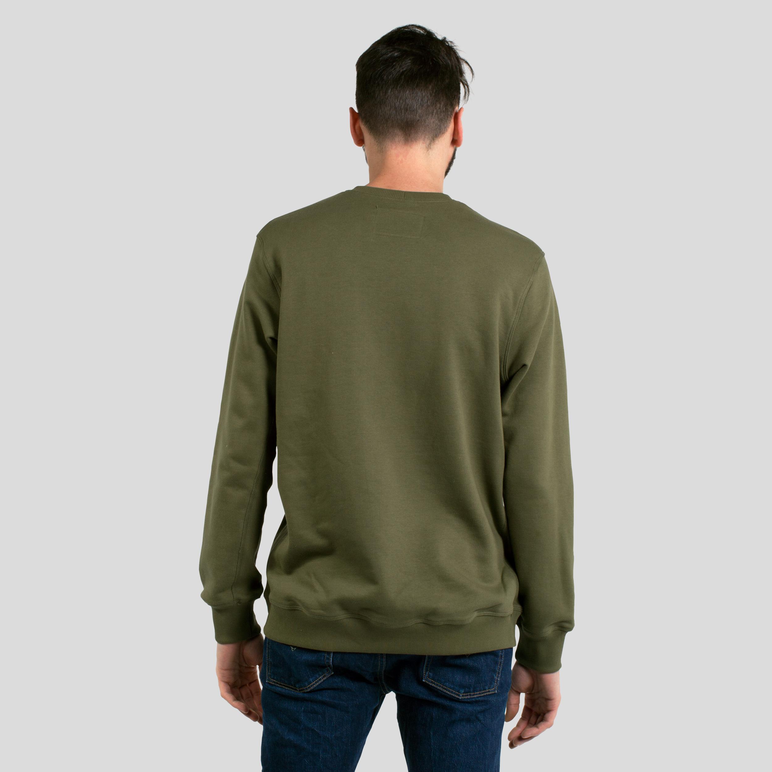 larry-green-back.jpg
