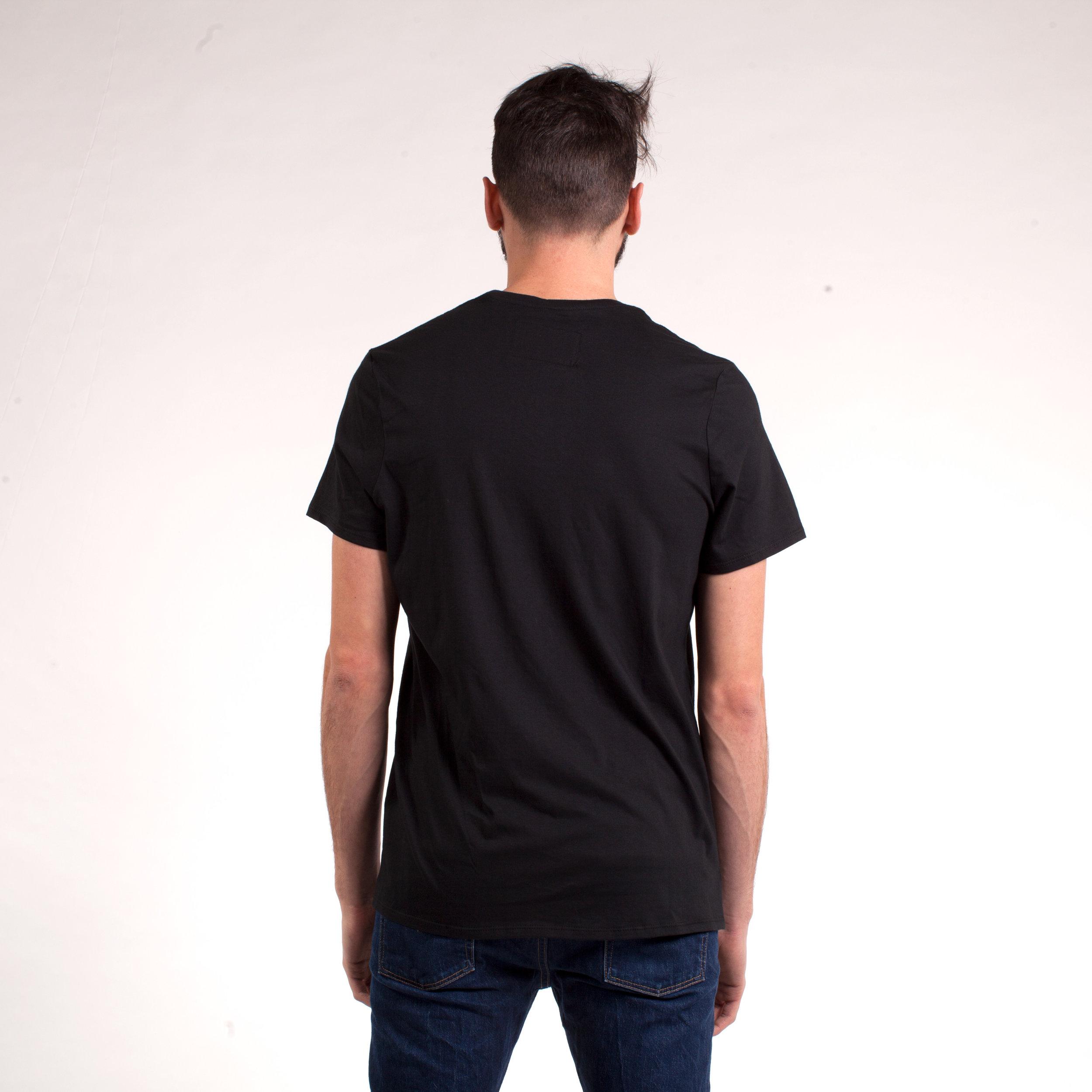 larry-tshirt-noir-back.jpg