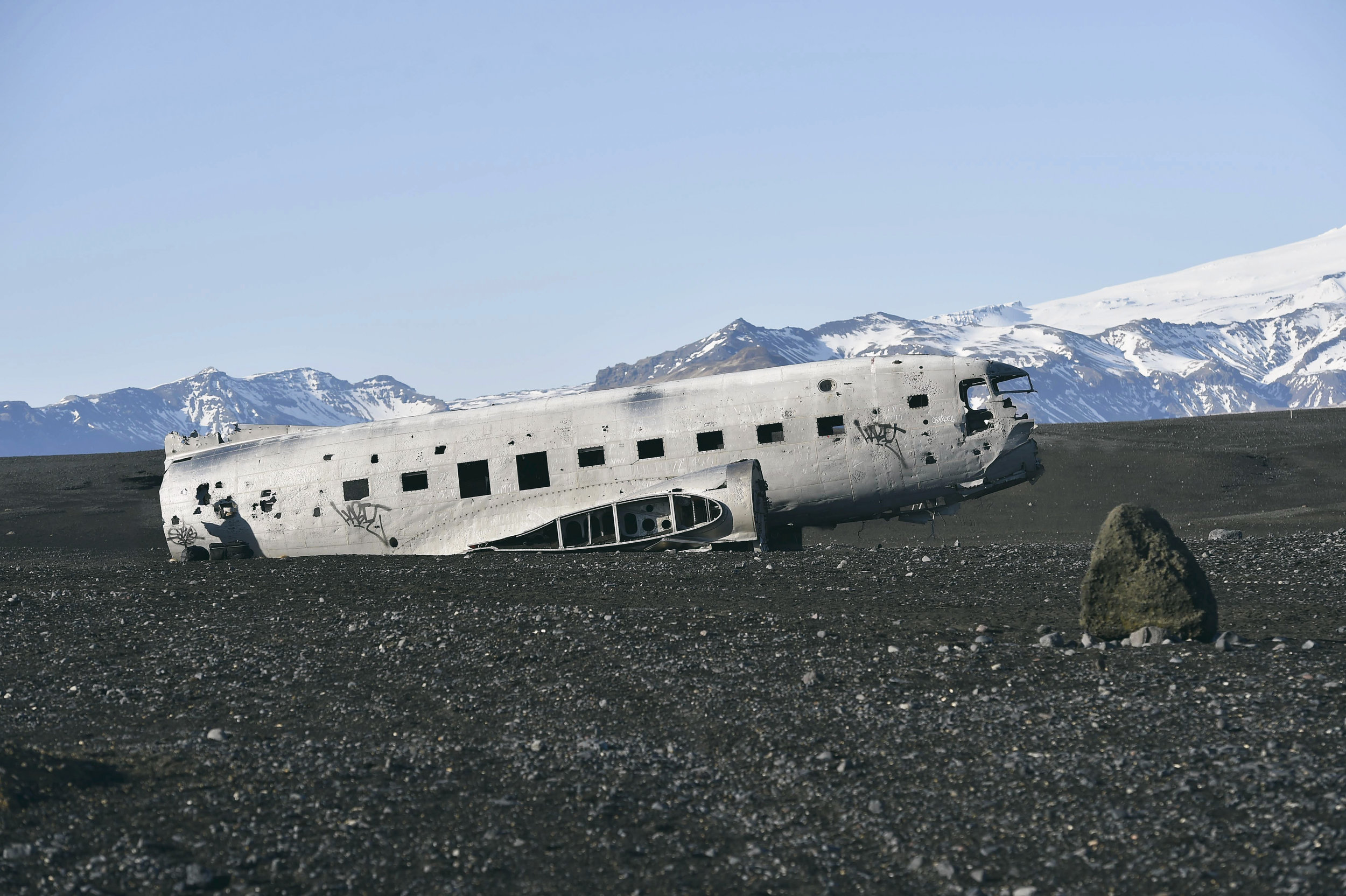 Abandond US Navy Plane - Black Sand Beach at Sólheimasandur, Iceland