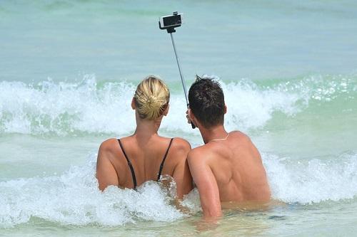 Social media the human marketplace selfie#.jpg