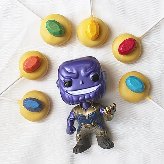 The Avengers couldn't stop Thanos from obtaining all the Infinity Stones? Oh snap, well he ain't getting these infinity stone cake pops! . . #cakepops #dessert #sweets #foodie #foodporn #dailyfood #cake #cupcake #sprinkles #cakepopstagram #instacakepops #endgame #avengers #infinitywar #infinitystones #infinitygauntlet #thanos #marvelstudios #marvel