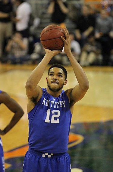 Karl-Anthony_Towns_2015.jpg