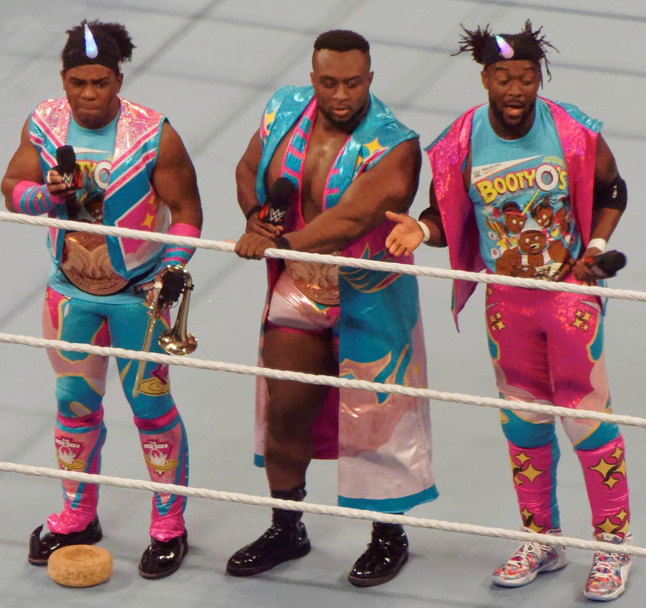 Xavier_Woods_The_New_Day_WWE_Tag_Team_Champions_Raw_April_2016.jpg