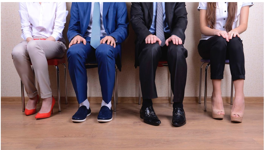 Interviewers favor applicants who remind them of themselves