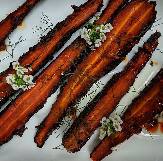 If you carrot all that we're closing for the summer, come get your fix this weekend!! 🥕 . Sunday evening is your last chance for dinner until September 18th! Reservations suggested & appreciated (link in our bio) 😊 . 📸: Kyoto Carrots- harissa/house made yogurt/bronze fennel (limited availability)