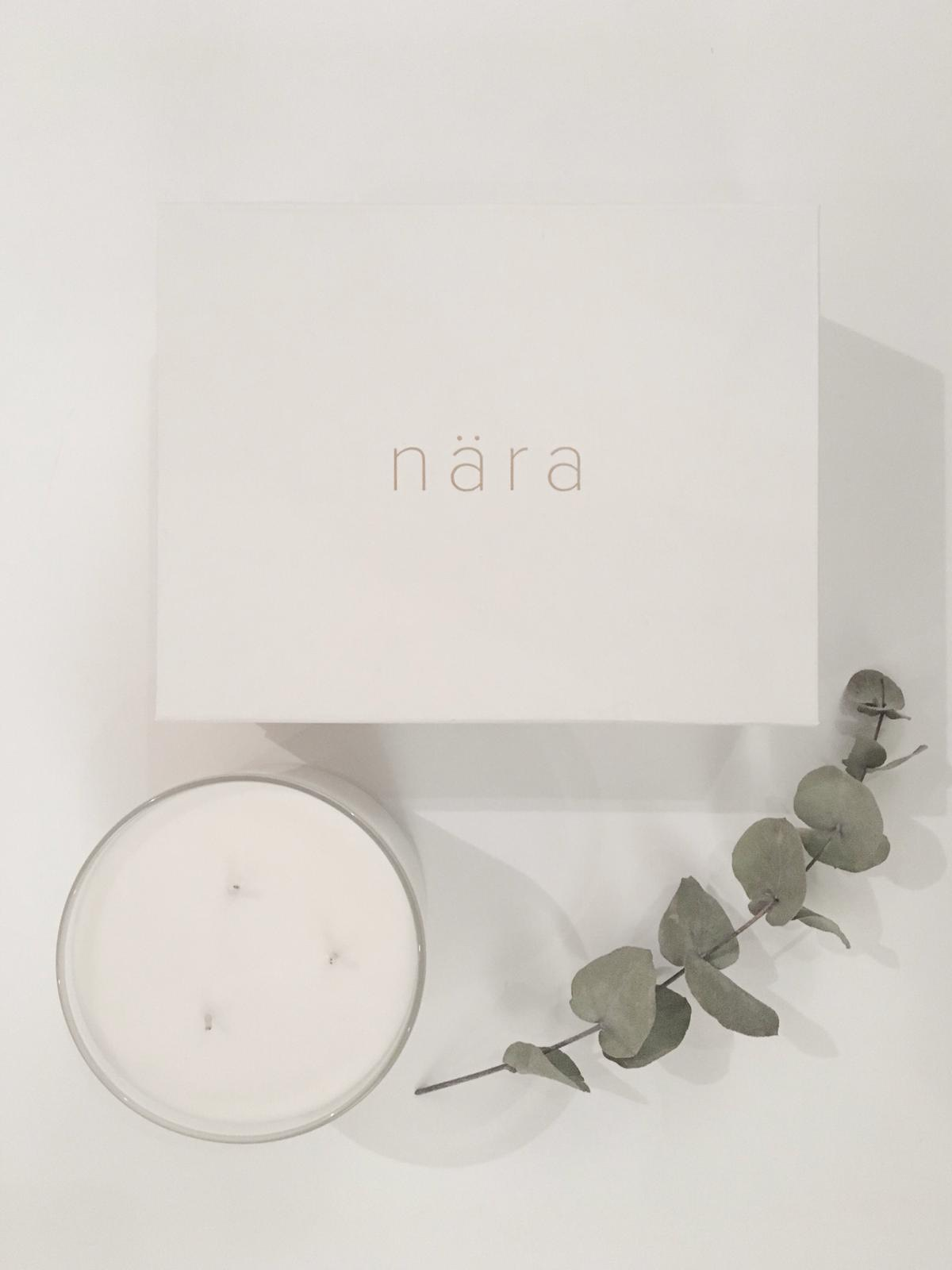 Valentine's Everyday £34.00 - This decadent gift makes sure everyday feel's like Valentines! A woody and spicy black pepper scent with the succulence of pomegranates and syrupy lemon. Black Pomegranate, is eveybody's favourite filled with sweet and sumptuous scents for the most extravagant of occasions. This three wick candle comes in a beautiful nära gift box.