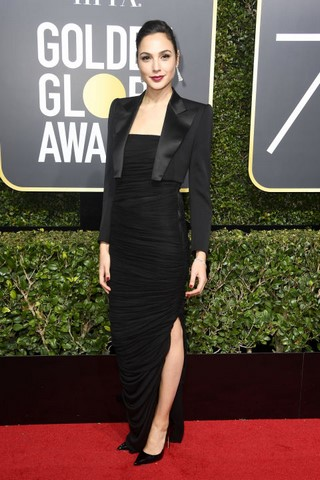 gal-gado-in-tom-ford-at-the-golden-globes (Copy).jpg