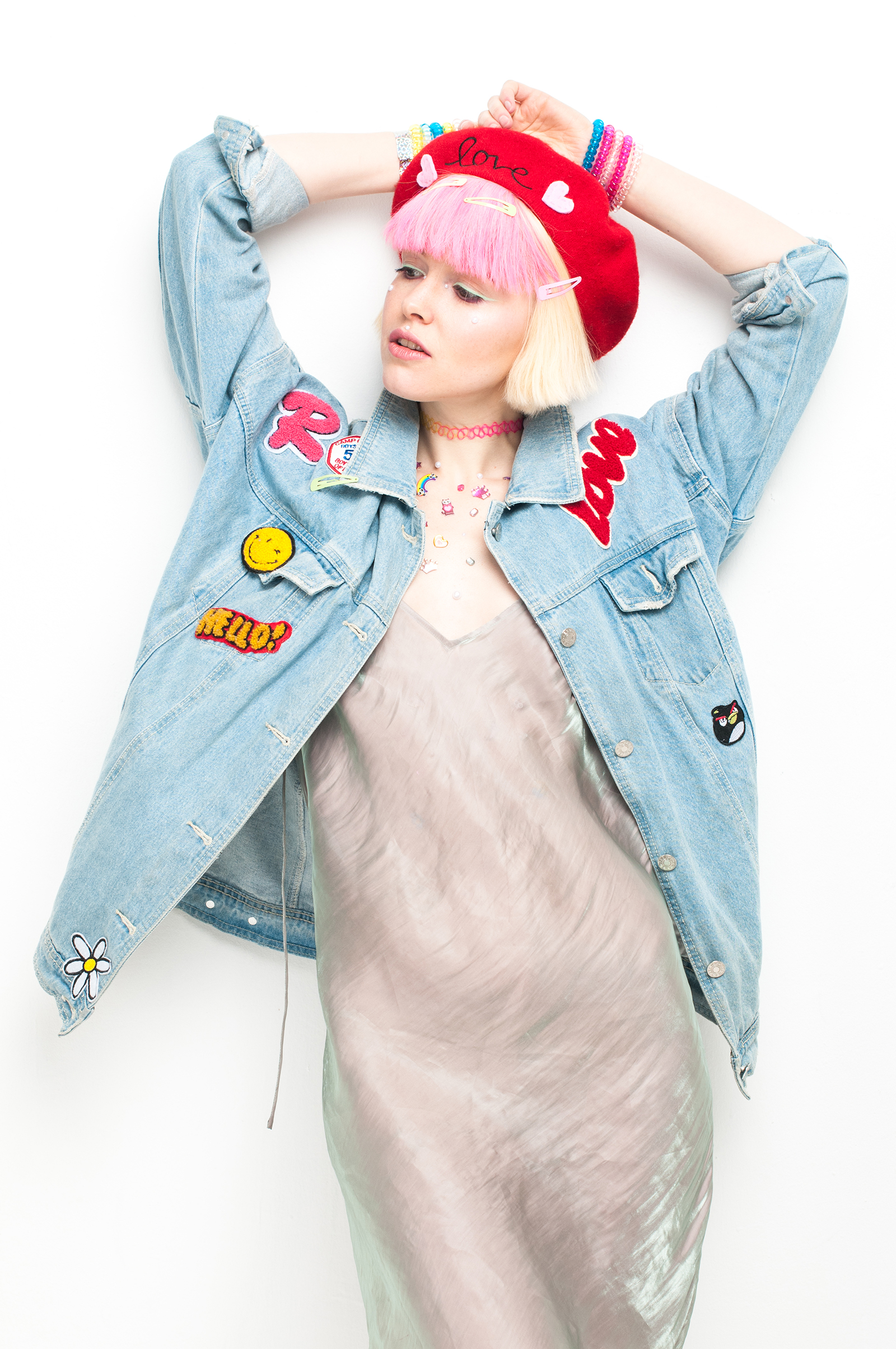 Denim jacket: #LenaGolova Dress: H&M Beret: #LenaGolova Choker: Accessorize