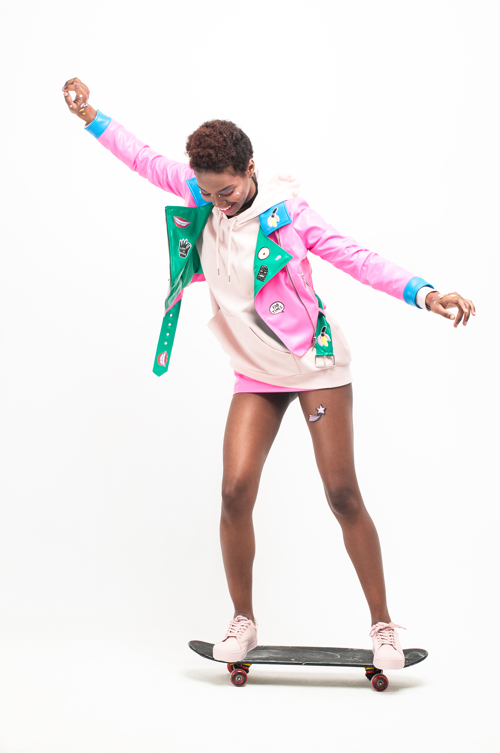 Jacket: #LenaGolova Hoody: Monki Skirt: #LenaGolova Choker: Diva Pink sneakers: H&M