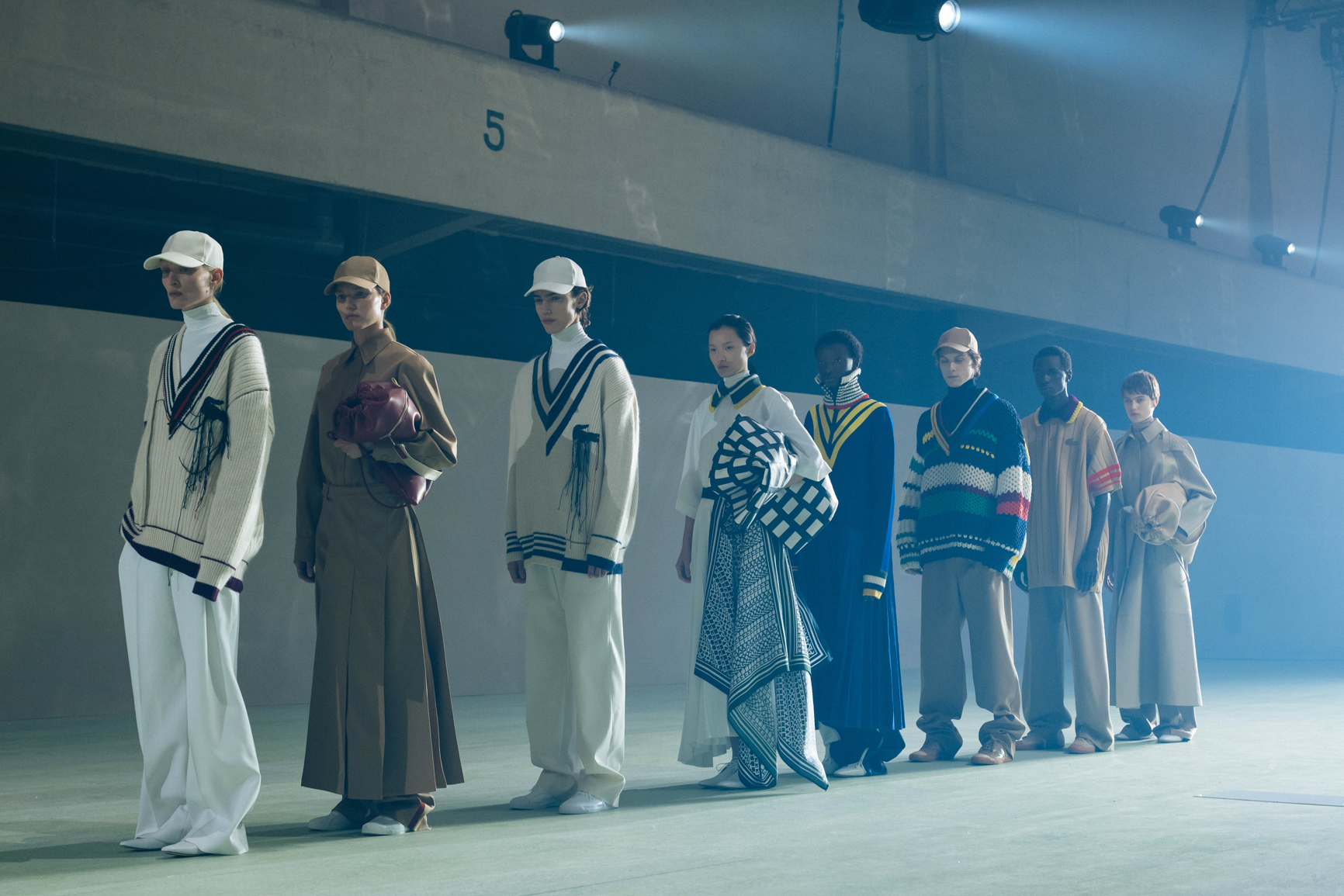 LACOSTE AW19 BACKSTAGE_by Alexandre Faraci3.jpg