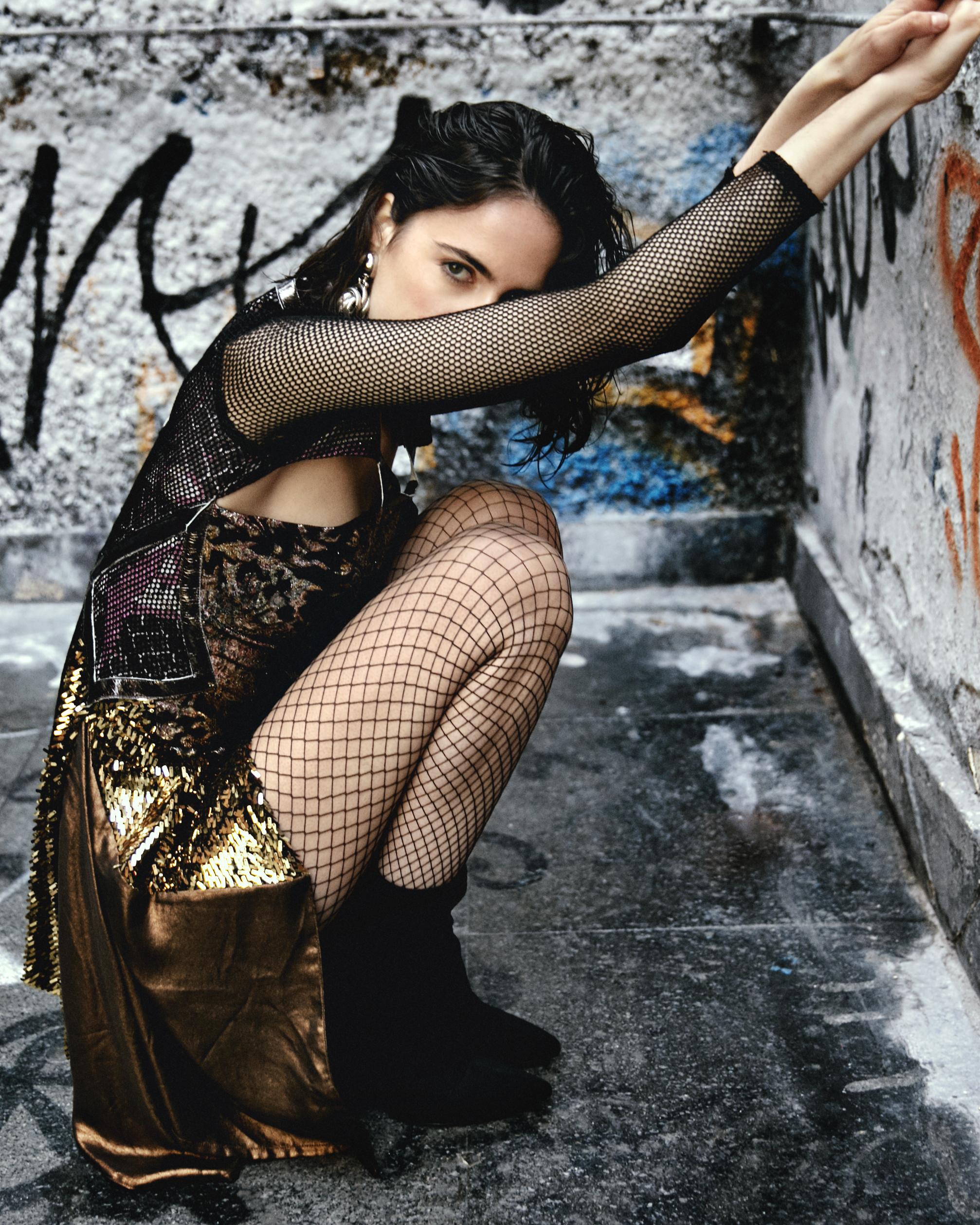 Dress – CUSTO BARCELONA  Panty – CALZEDONIA  Boots – PIMKIE  Earring – ALDAZABAL