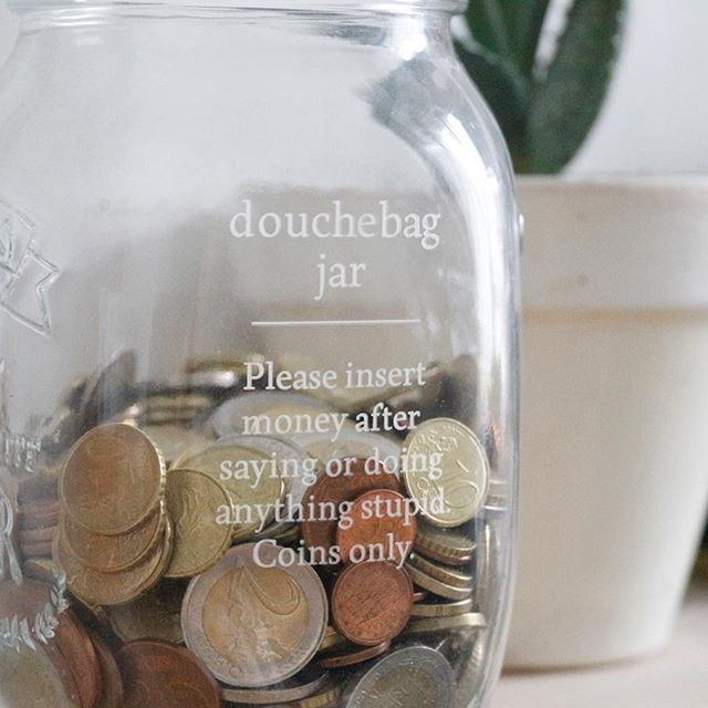 The Douchebag Jar - par Cutter Design