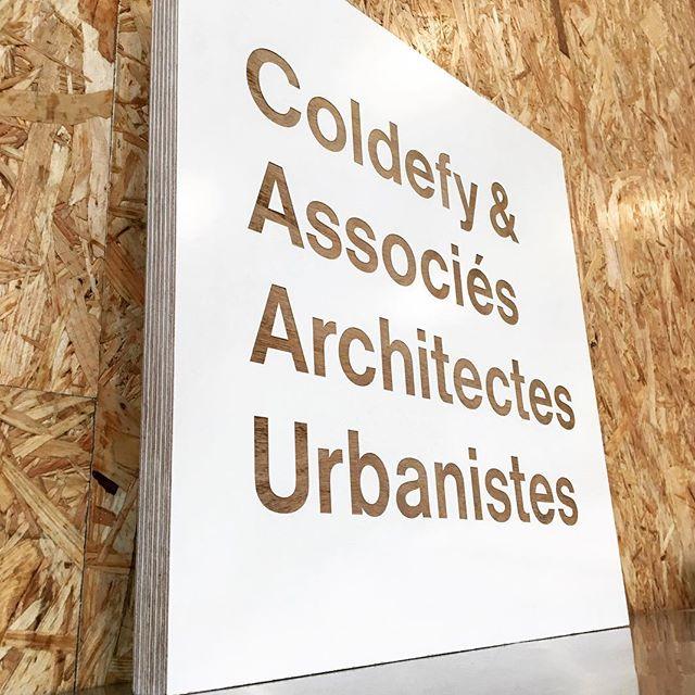 Gravure sur mélaminé pour Coldefy & Associés