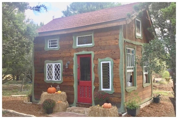 Robin Hood's Hideout, Havenwald's first Bed and Breakfast cottage.