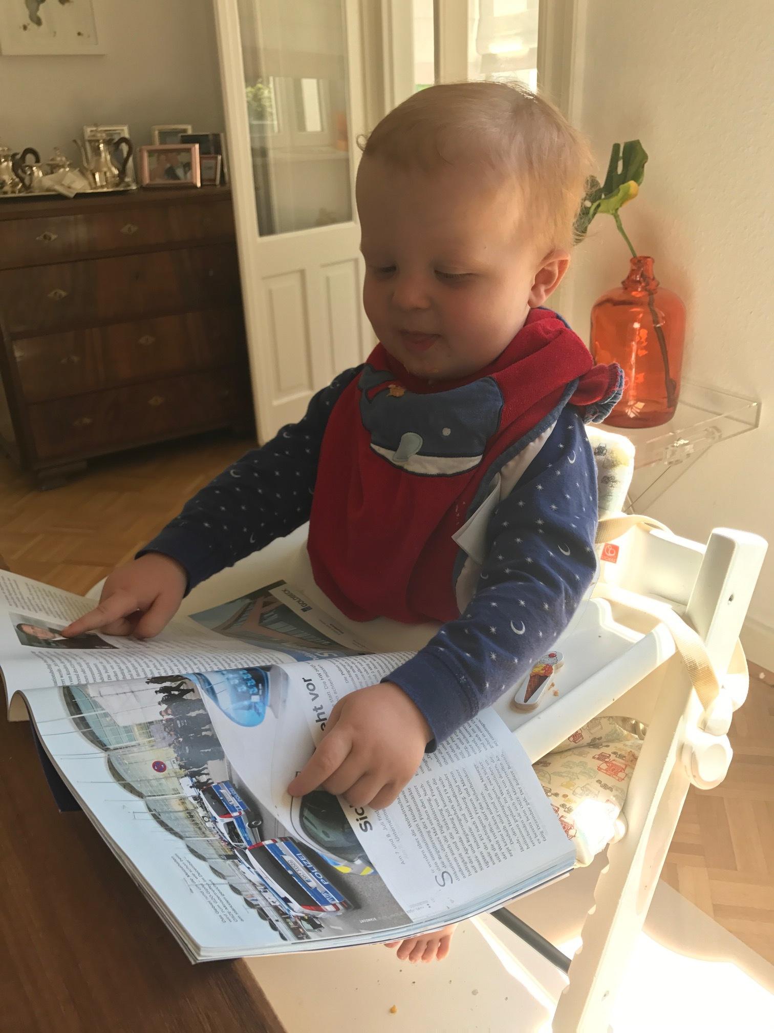 Richard und die Autozeitschriften und die Polizeiautos, Mai 2017