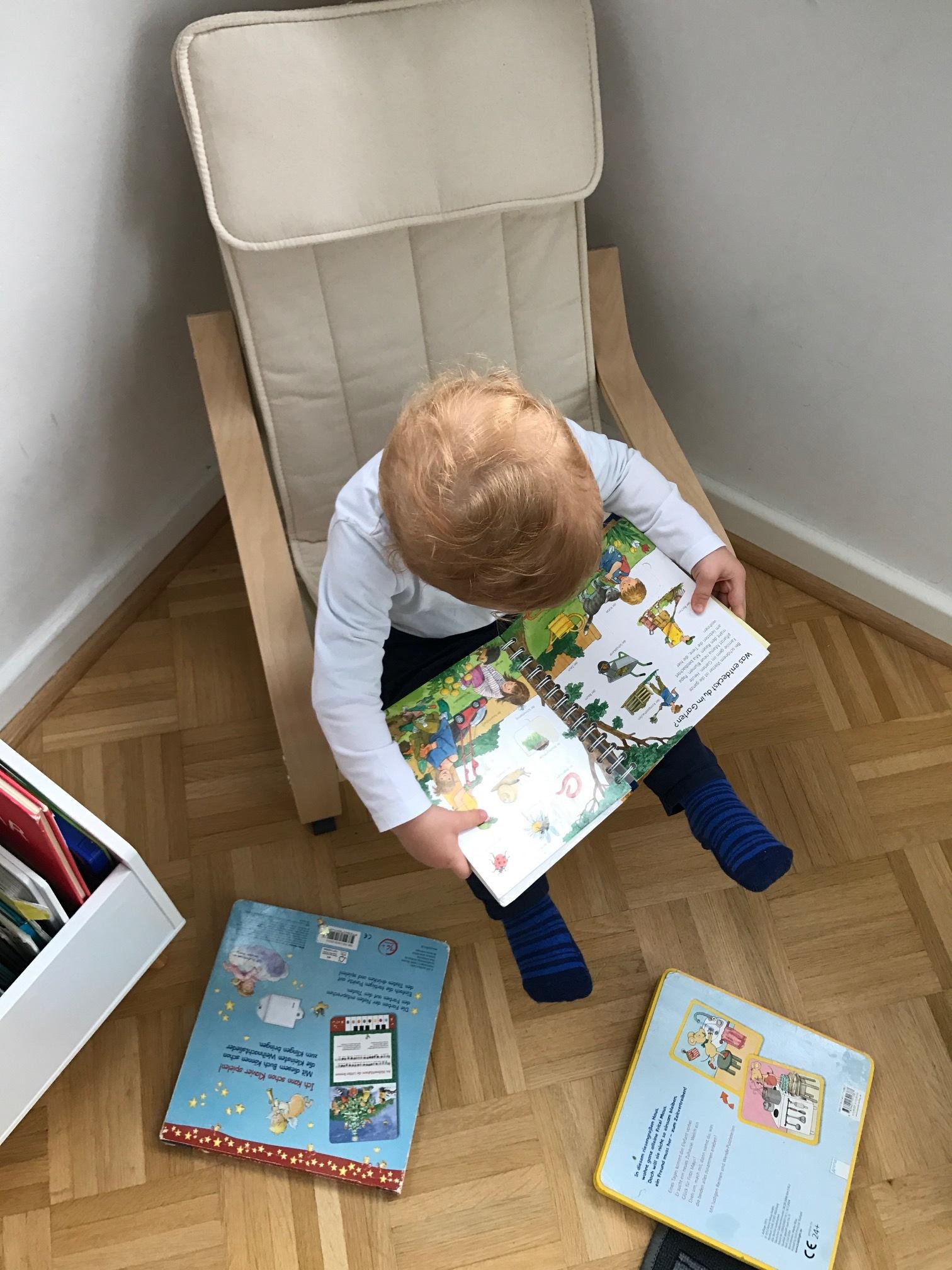 Richard und die vielen, vielen Bücher, August 2017