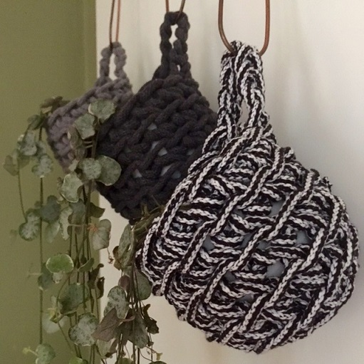 Crochet plant pots