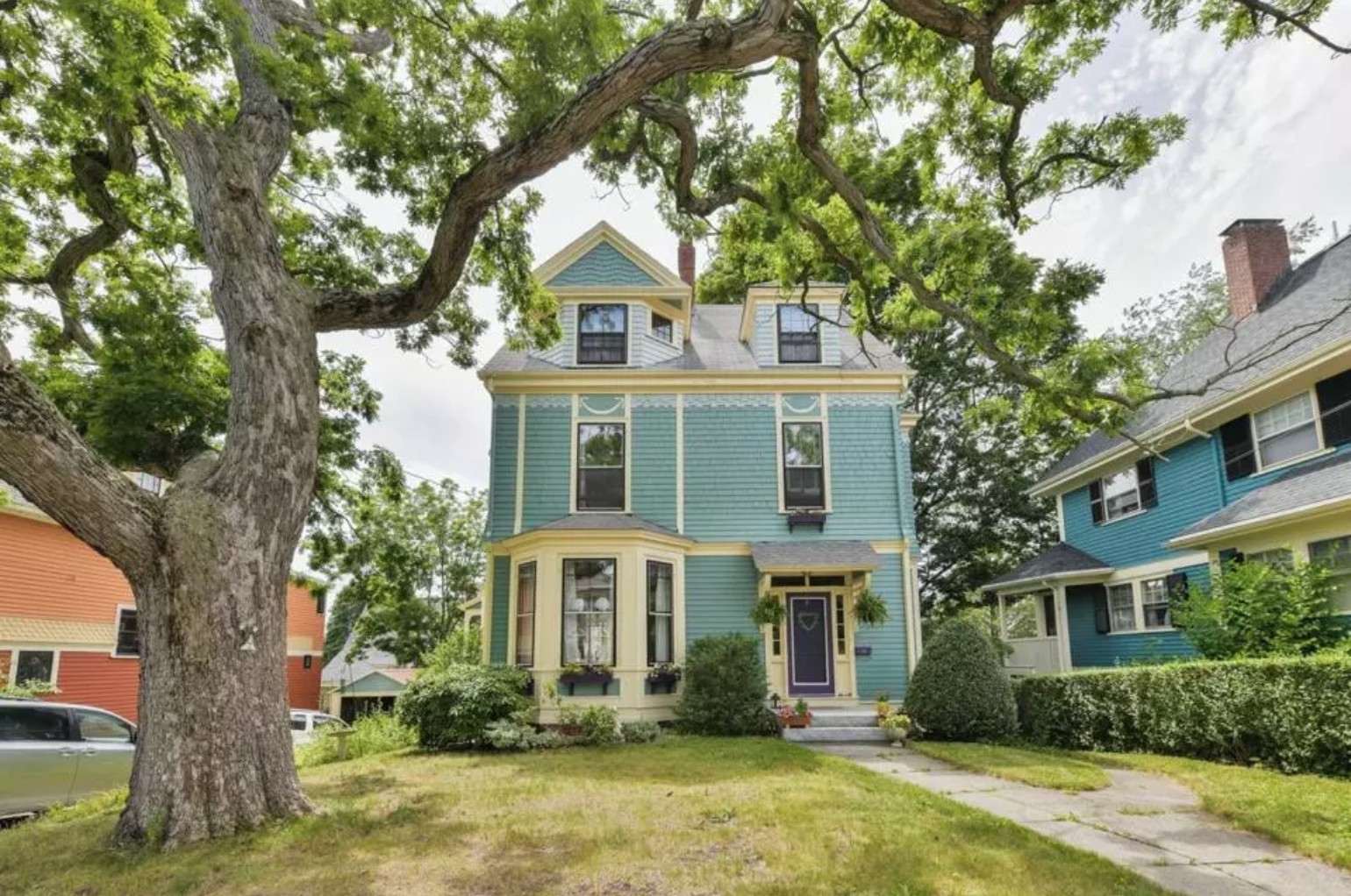 For sale: Homes near the Red Line's Alewife and Ashmont stops - By Jon GoreyAug 10, 2018