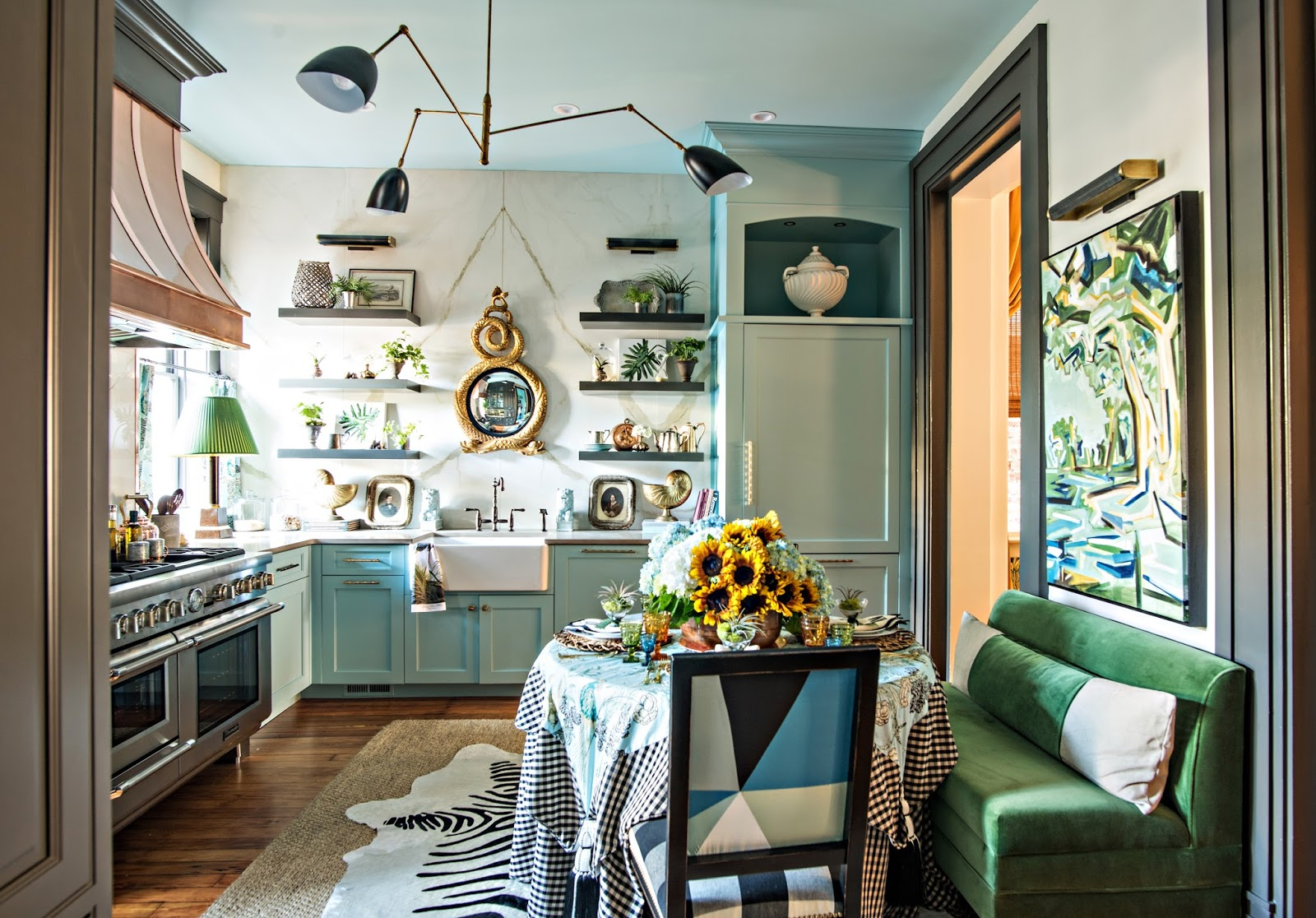 Design by  Lisa Mende  for the Southern Style Now 2017 Showhouse, presented by Traditional Home Magazine